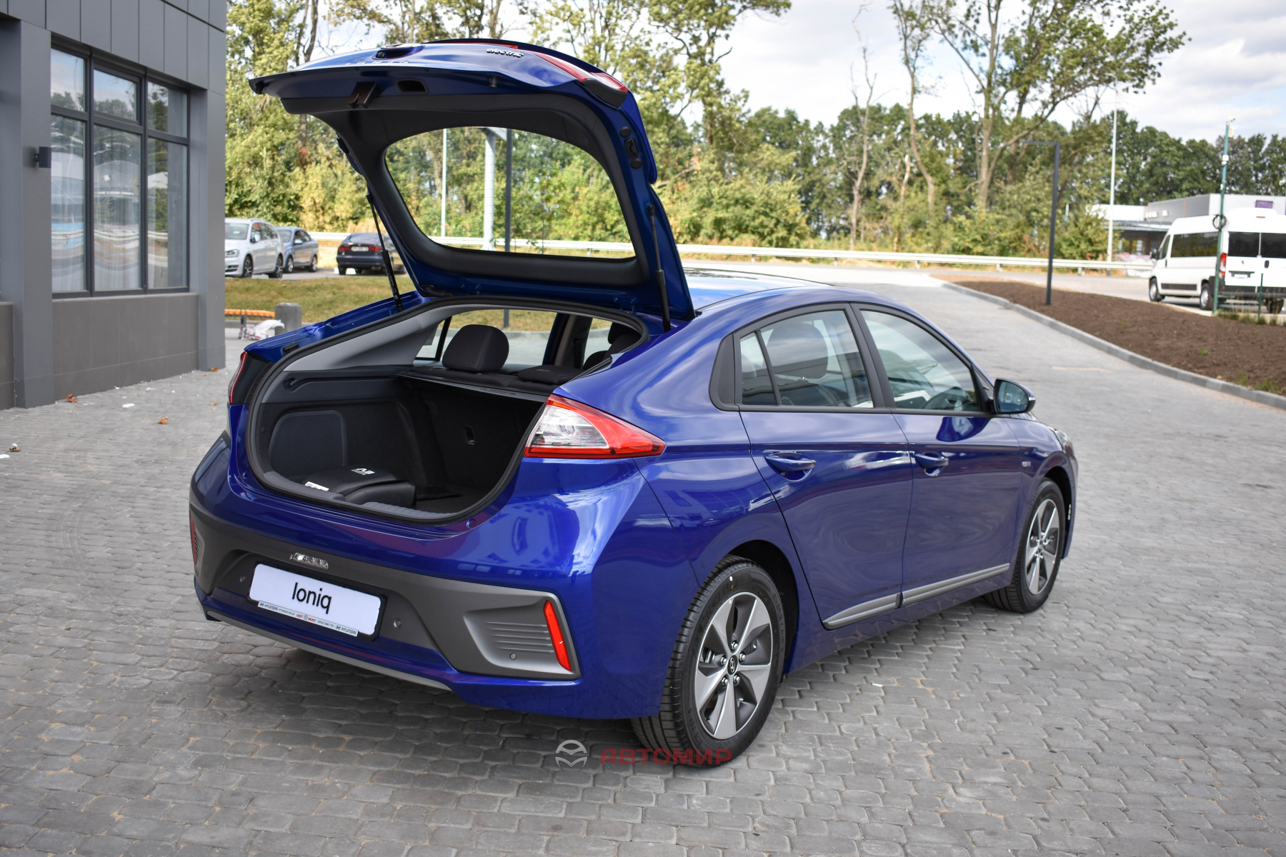 Ціна на електромобіль Hyundai IONIQ Electric - зафіксована в гривні!   Хюндай Мотор Україна - фото 15